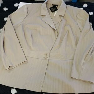 Lane Bryant 26w tan blazer jacket